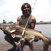 秘境・怪魚フィッシング-タイ釣り堀